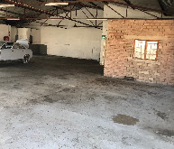 358m2 Warehouse To Let in New Germany