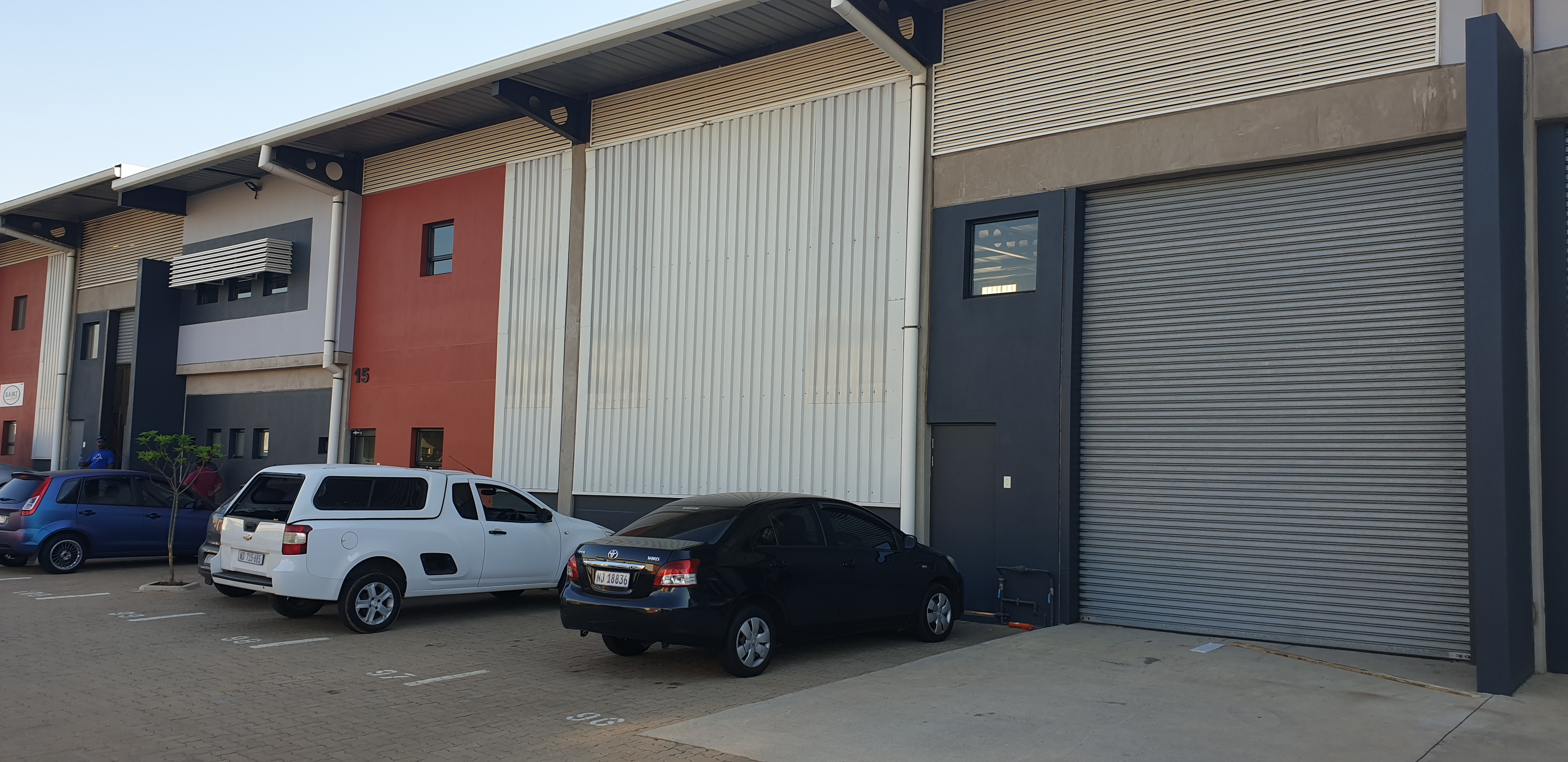685m2 Warehouse To Let in Cornubia