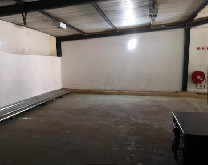 220m2 Warehouse To Let in Glen Anil