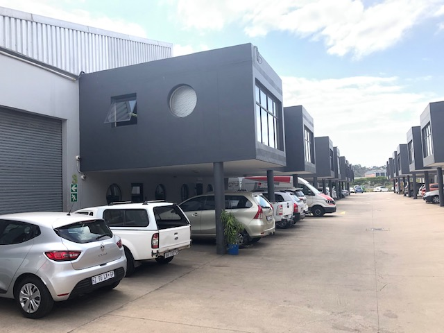 351m2 Warehouse To Let in Riverhorse