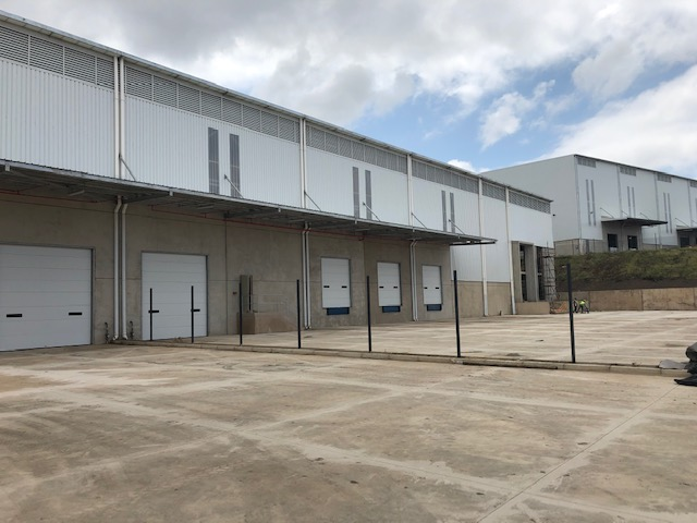5400m2 Warehouse To Let in Glen Anil