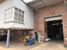 453m2 Warehouse To Let in Glen Anil
