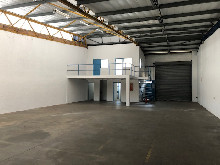 334m2 Warehouse To Let in Red Hill