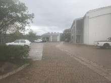 564m2 Warehouse To Let in Mahogany Ridge