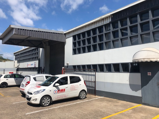 1111m2 GLA To Let in Springfield