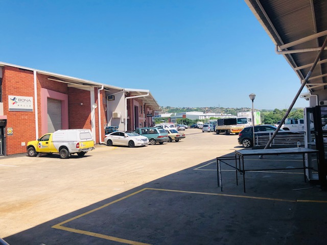 395m2 Warehouse To Let in Red Hill