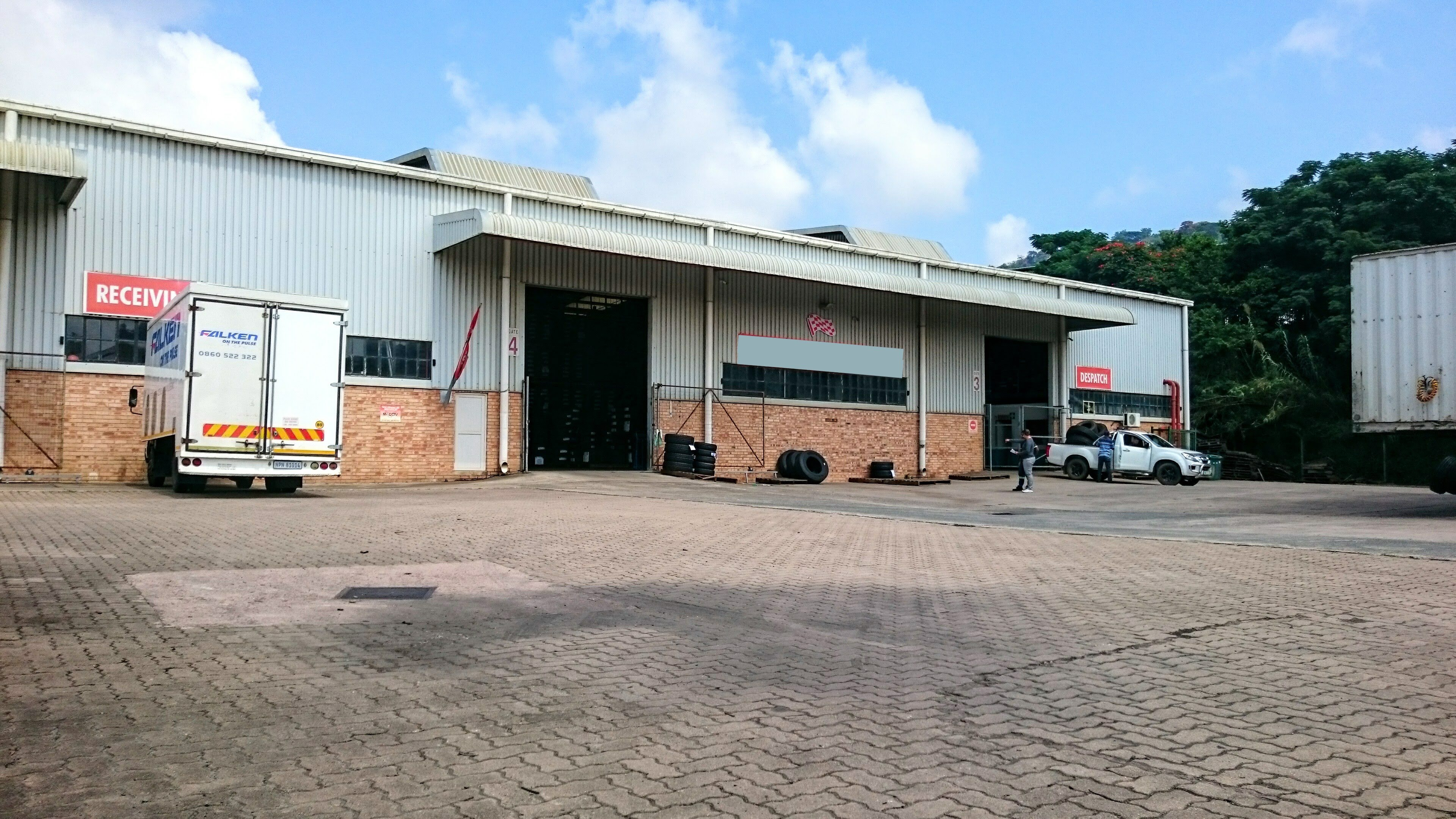 3949m2 warehouse to let
