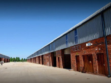 Industrial unit to rent Waterfall