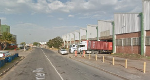 Industrial warehouse to rent Prospecton