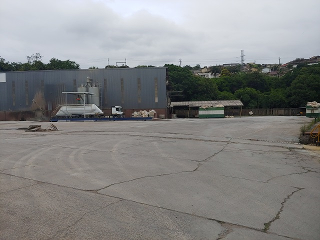 yard, industrial property for rent in Durban