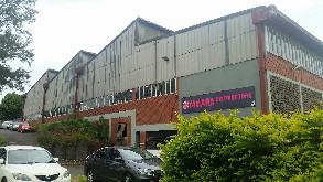 Pinetown warehouse to let