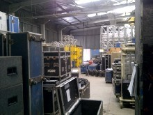 Freestanding warehouse with yard