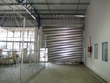 Warehouse to let in Phoenix Industrial Park